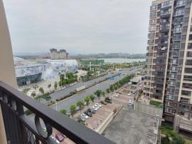 九龙湖融创茂旁 出门就是地铁口九...
